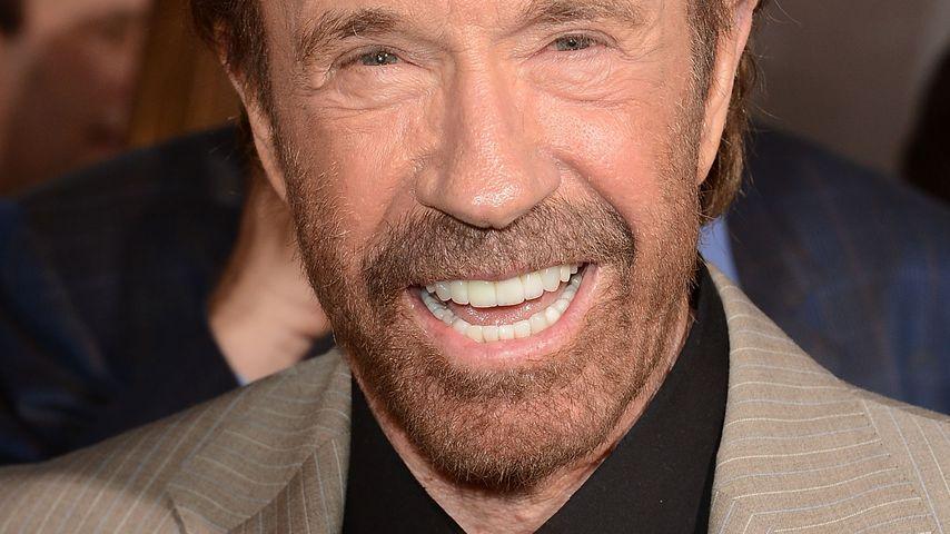 Chuck Norris feiert B-Day! Oder feiert B-Day ihn?