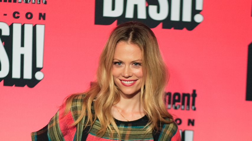 "JA! ""Grimm""-Star Claire Coffee hat geheiratet"