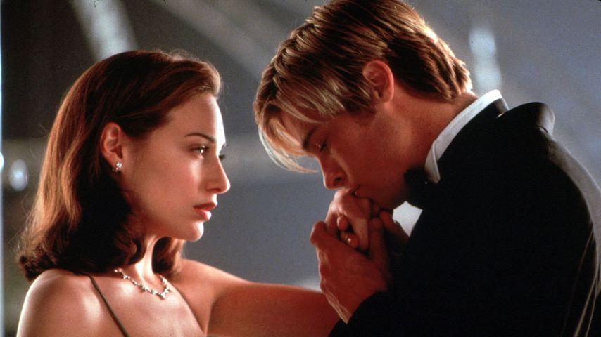 "Claire Forlani und Brad Pitt in ""Rendezvous mit Joe Black"