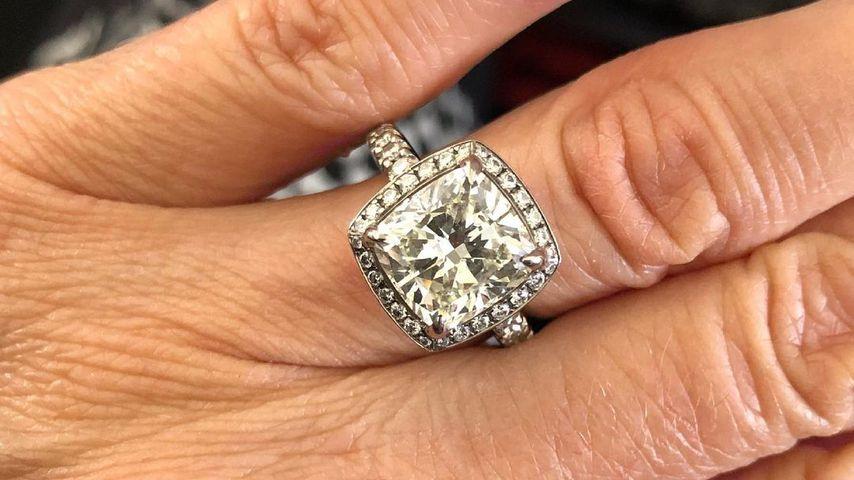 Claudelle Deckerts Verlobungsring