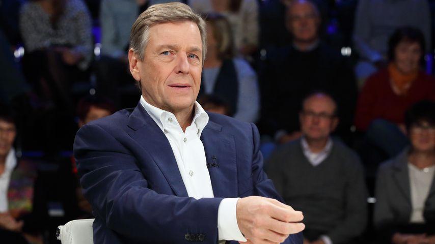 Wegen Anmoderation: ZDF-Moderator Claus Kleber angezeigt!