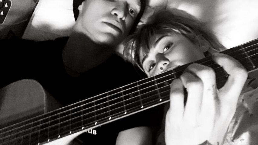 Im Krankenhaus: Cody Simpson singt für Freundin Miley Cyrus!