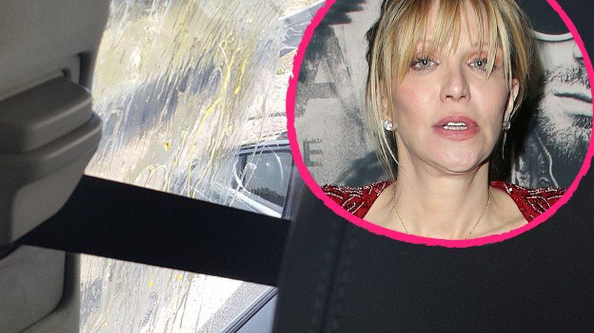 Mitten in Paris: Courtney Love von wütendem Mob angegriffen