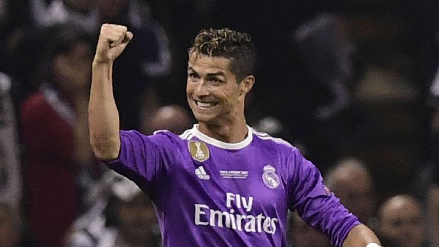 Na endlich! Ronaldo bestätigt seine Zwillingsvaterschaft