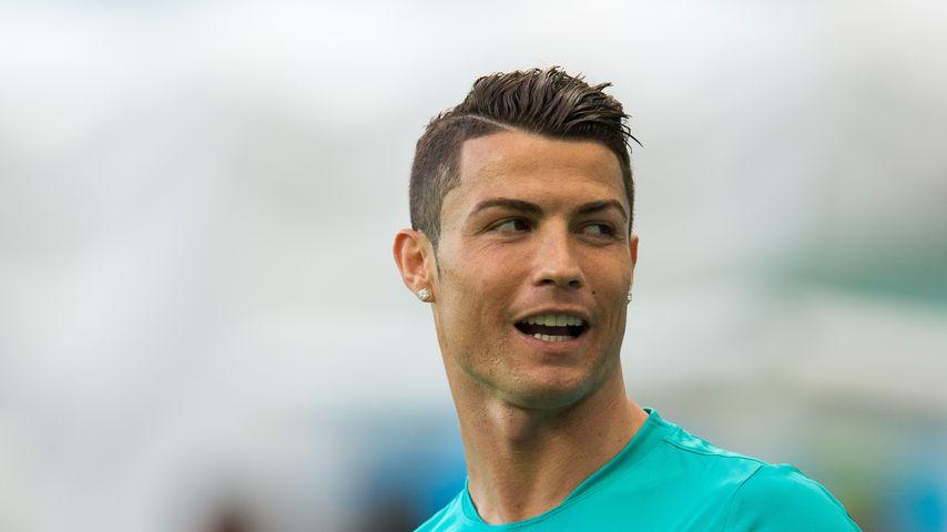 Cristiano Ronaldos Frisur Birgt Traurige Geschichte Rasur Gilt
