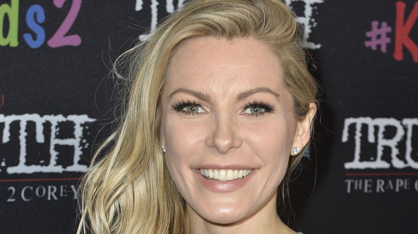 "Crystal Hefner bei der Premiere von ""My Truth: The Rape Of Two Coreys"""