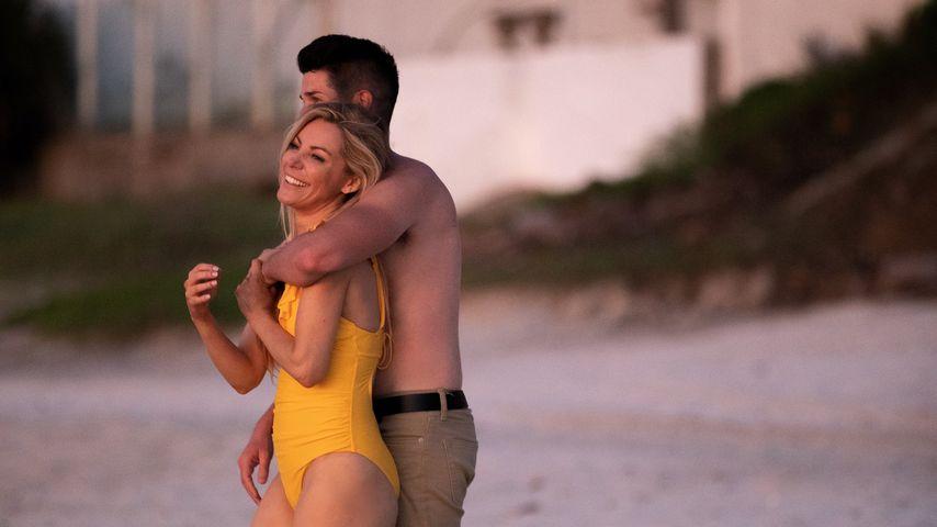 Crystal Hefner und Nathan Levi in Mexiko