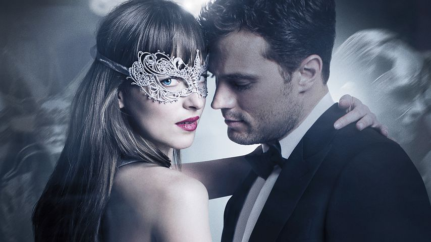 "Dakota Johnson als Anastasia Steele und Jamie Dornan als Christian Grey in ""Fifty Shades of Grey 2"""