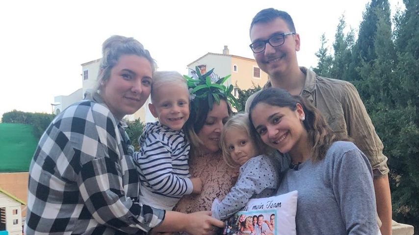 Family-Pic: Danni Büchner ist endlich zurück bei ihren Kindern
