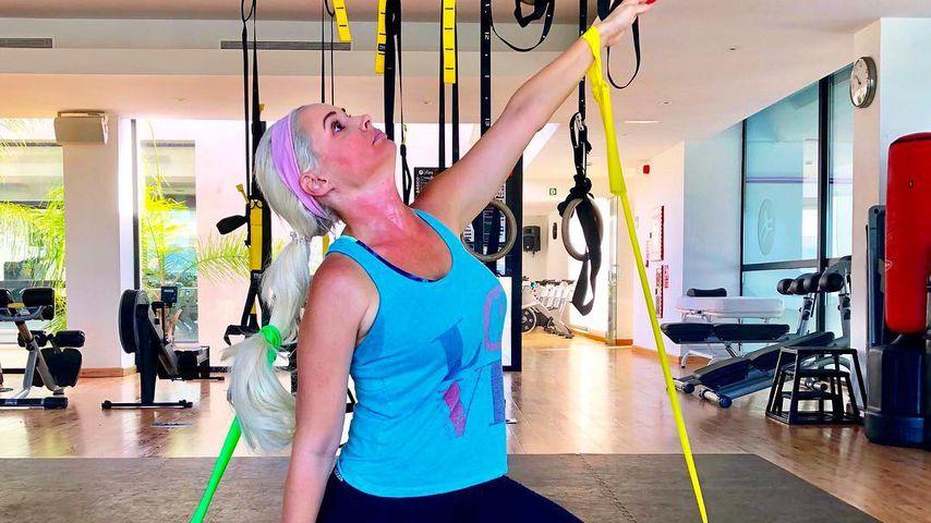 Funny statt fit: Daniela Katzenberger albert beim Sport rum