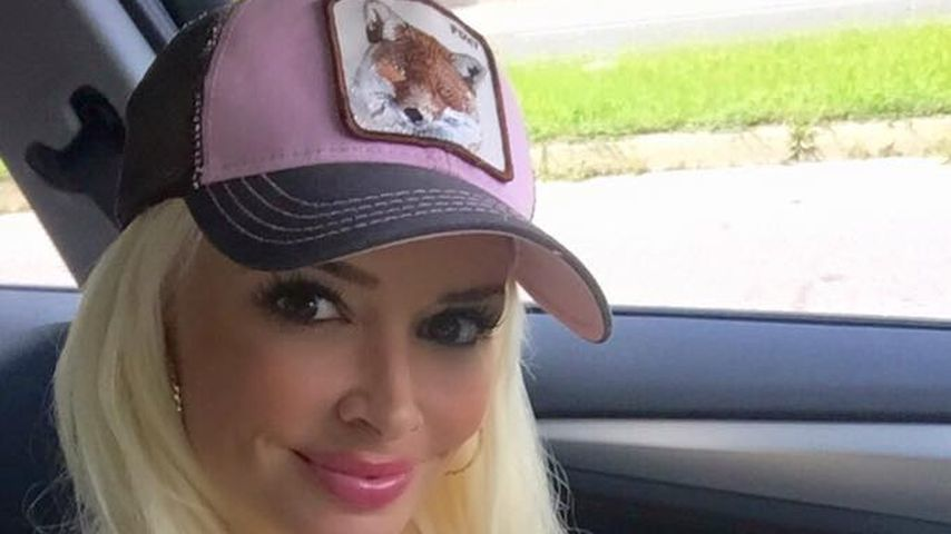 Daniela Katzenberger im Auto