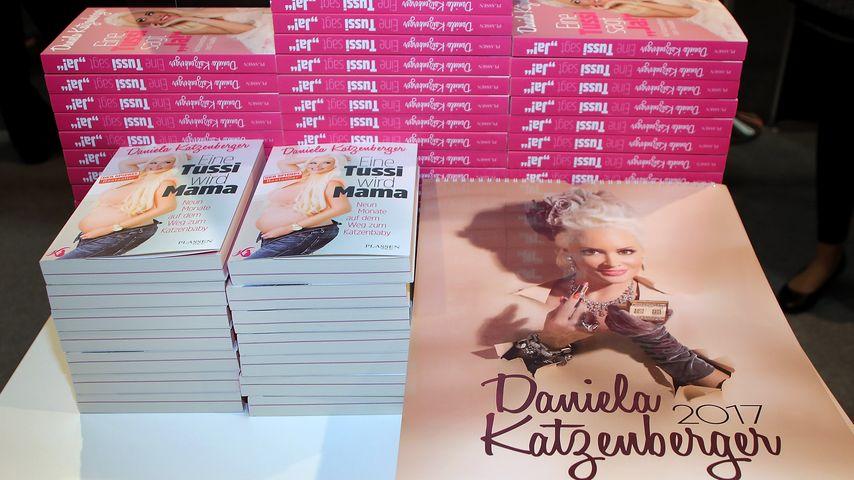 Daniela Katzenbergers Kalender und Bücher