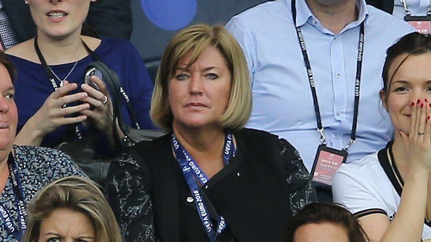 Ups! Jogi Löws Frau mit Coca-Cola-Mitarbeiterin verwechselt!