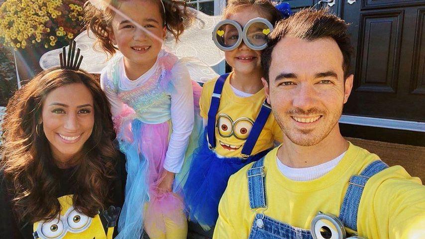Danielle und Kevin Jonas mit ihren Töchtern