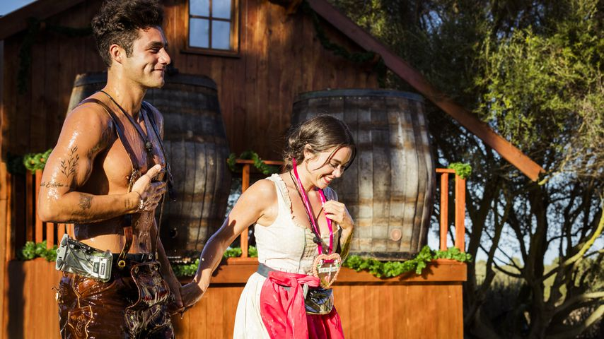 """Danilo Cristilli und Melissa beim """"Love Island""""-Spiel """"O'schmatzt is"""""""