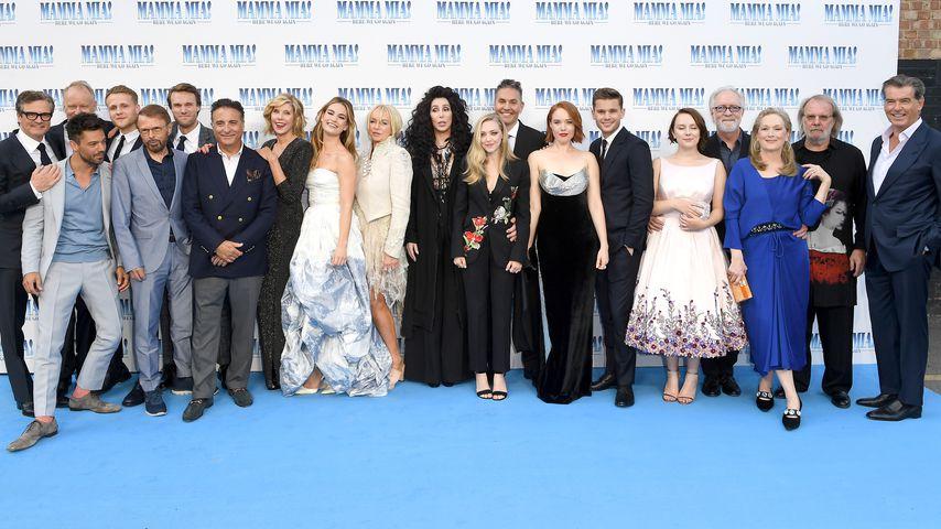 """Star-Auflauf mit ABBA: """"Mamma Mia 2"""" feiert Weltpremiere!"""