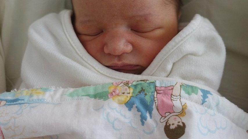 1. Baby-Bild! Milla Jovovich zeigt Tochter Dashiel