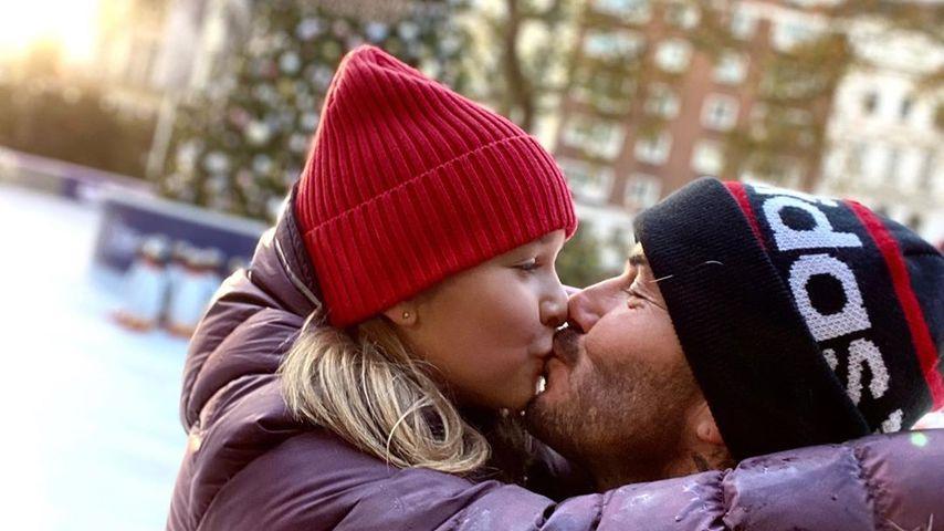 Neuer Netz-Wirbel: David Beckham küsst Tochter Harper (8)