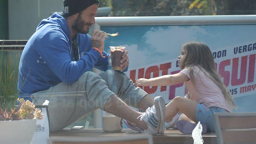 Zuckersüß! David Beckham veräppelt Tochter Harper