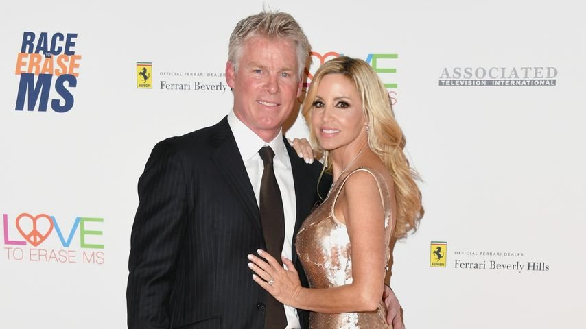David C. Meyer und Camille Grammer auf der Race to Erase MS Gala im April 2018
