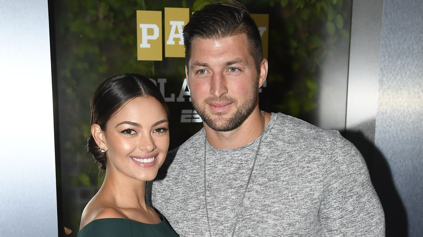 Demi-Leigh Nel-Peters und Tim Tebow