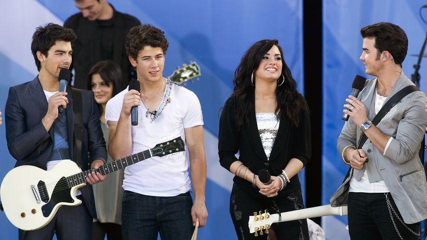 Nick Jonas, Demi Lovato, Joe Jonas, Jonas Brothers und Kevin Jonas