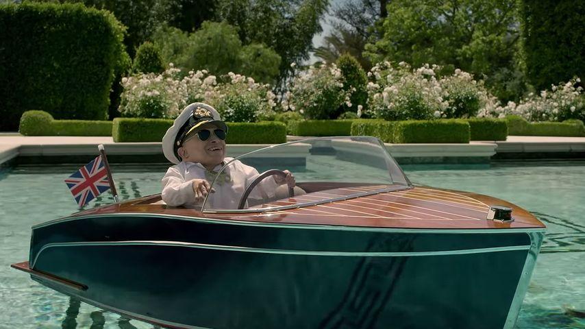 Captain Mini-Me! Verne Troyer hat jetzt sein eigenes Boot