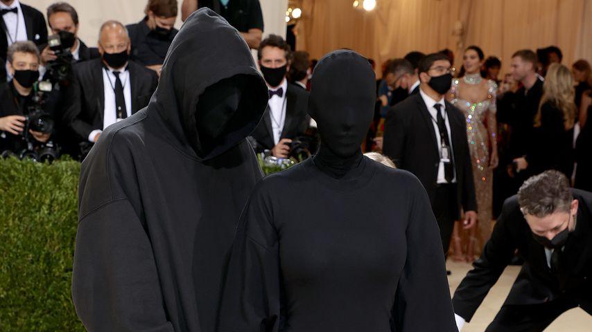 Designer Demna Gvasalia und Kim Kardashian bei der Met-Gala 2021