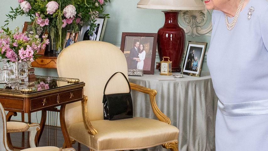 Die Bilder im Empfangszimmer der Queen