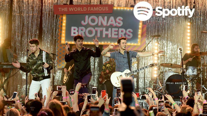 Die Jonas Brothers bei einem Konzert im Juni 2019