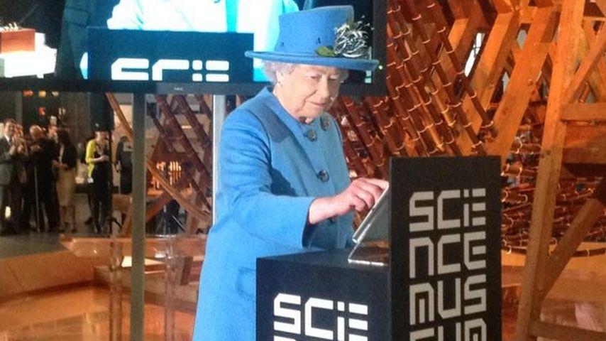 Cool! Queen Elizabeth II. zwitscherte zum 1. Mal