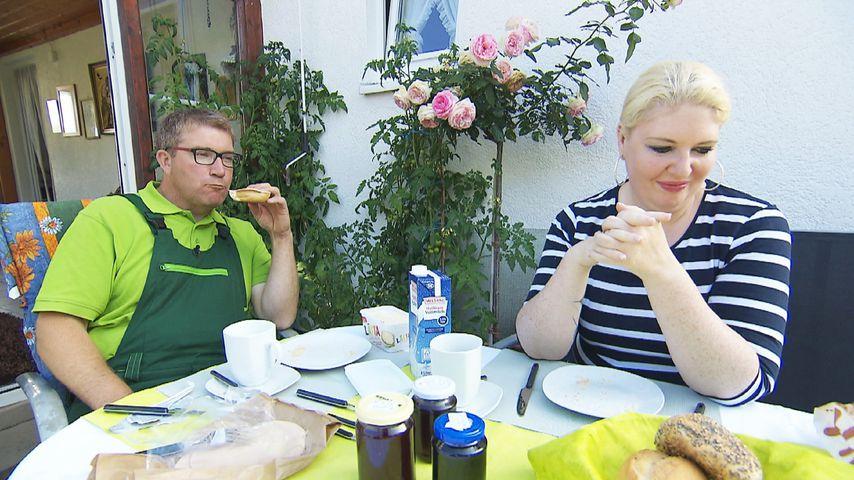 Dirk und Deborah beim Frühstück