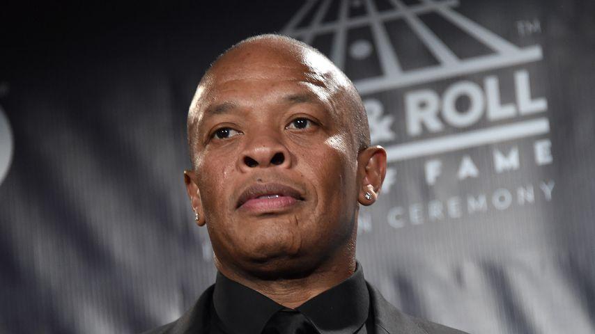 Dr. Dre - US-Rapper in Krankenhaus eingeliefert
