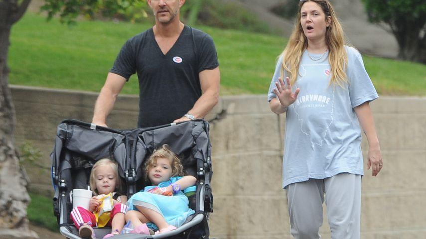 Drew Barrymore mit einem unbekannten Mann und ihren Töchtern Frankie und Olive