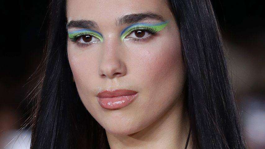 Dua Lipa bei der Fashion Show von Versace in Mailand, September 2021