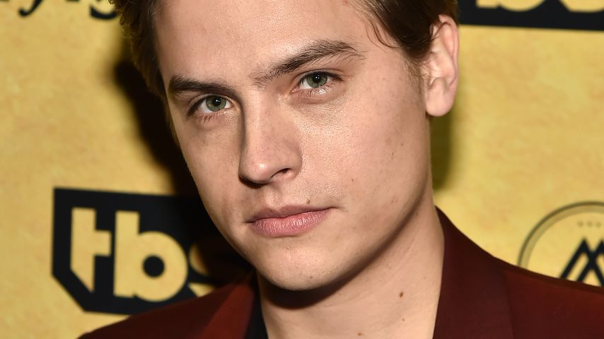 """Dylan Sprouse bei der """"Miracle Workers: Dark Ages""""-Premiere in New York, 2020"""