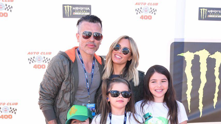 Edwin Arroyave und Teddi Mellencamp Arroyave mit ihren Kindern Cruz, Slate und Isabella