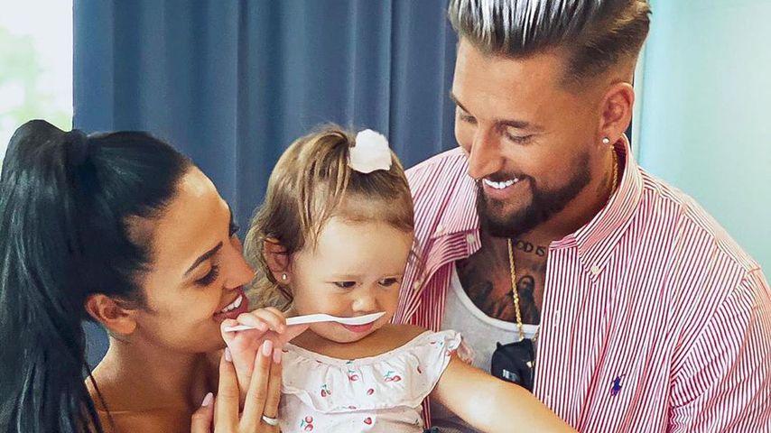 Elena Miras und Mike Heiter mit Tochter Aylen