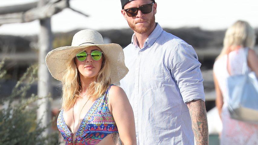 Ellie Goulding mit einem mysteriösen Mann in Saint-Tropez