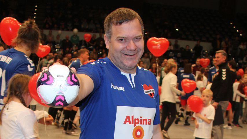 """Elton beim Charity-Event """"Kicken mit Herz"""""""