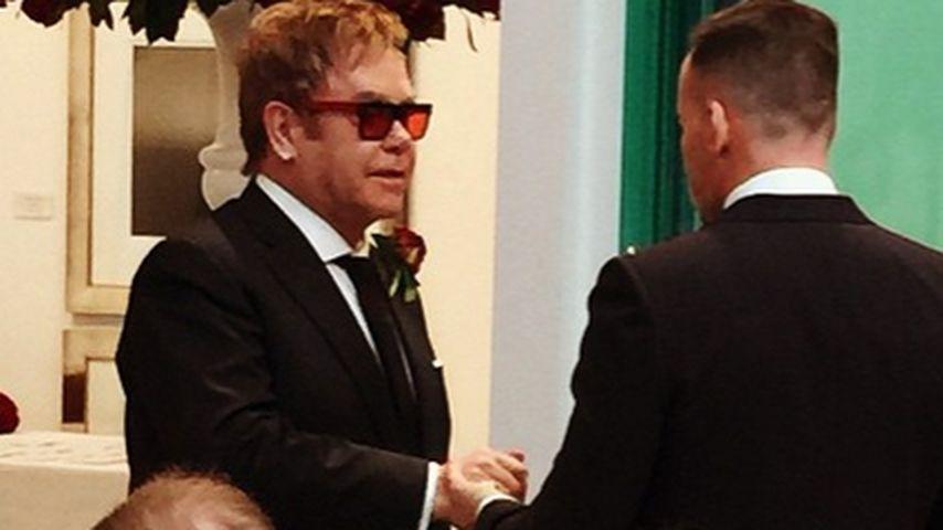 Hier geben sich Elton John & David das Ja-Wort