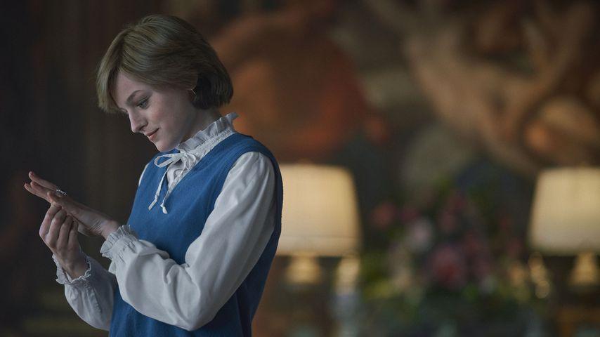 "Emma Corrin als Prinzessin Diana in ""The Crown"""