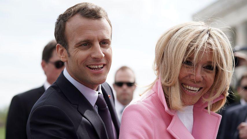 Der französische Präsident Emmanuel Macron mit seiner Ehefrau Brigitte in Washington