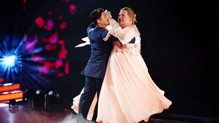 """Erich Klann und Ilka Bessin während ihrer """"Let's Dance""""-Performance"""