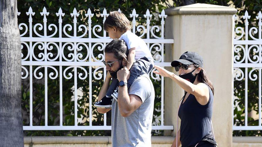 Eva Longoria mit ihrem Mann José und Sohnemann Santiago