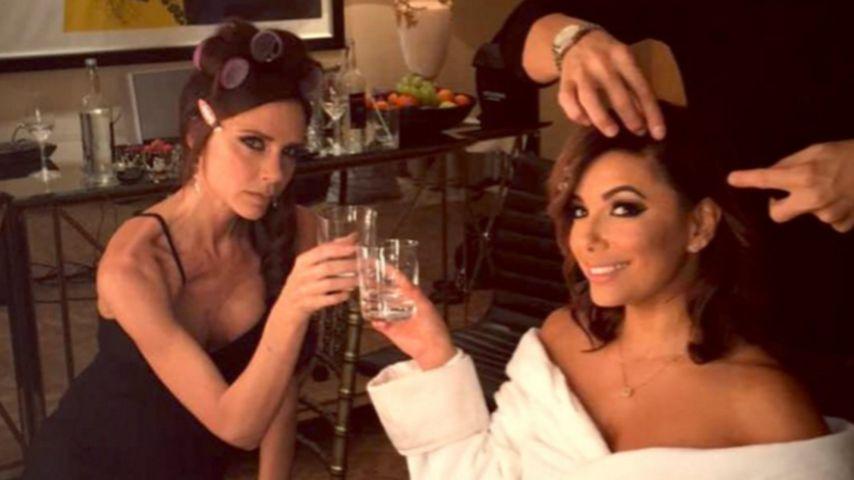 Ups: Eva Longoria & Victoria Beckham trinken sich einen!