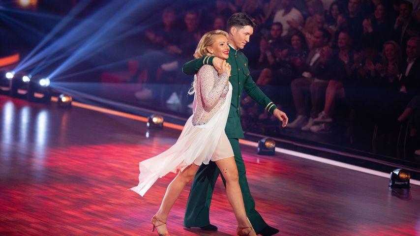 """Evelyn Burdecki und Evgeny Vinokurov in der achten """"Let's Dance""""-Show"""
