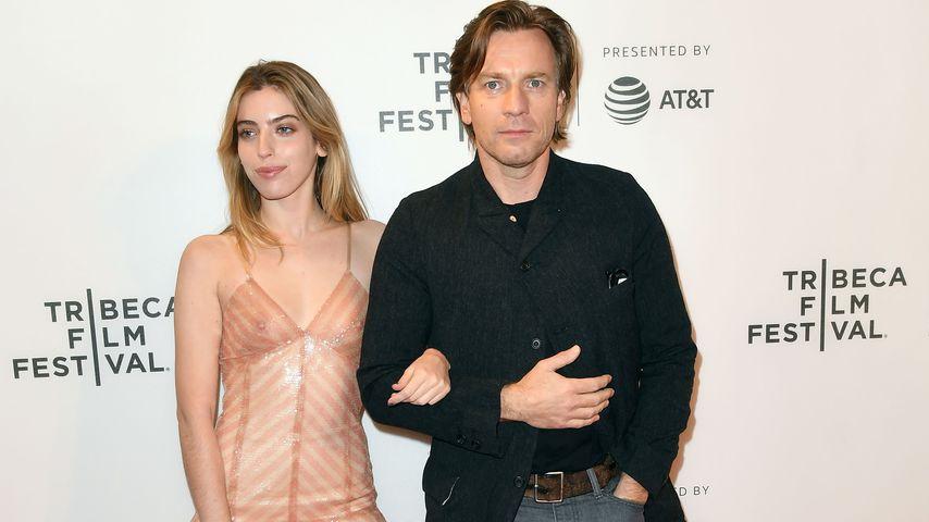 Ewan McGregor mit seiner Tochter Clara (l.) in New York