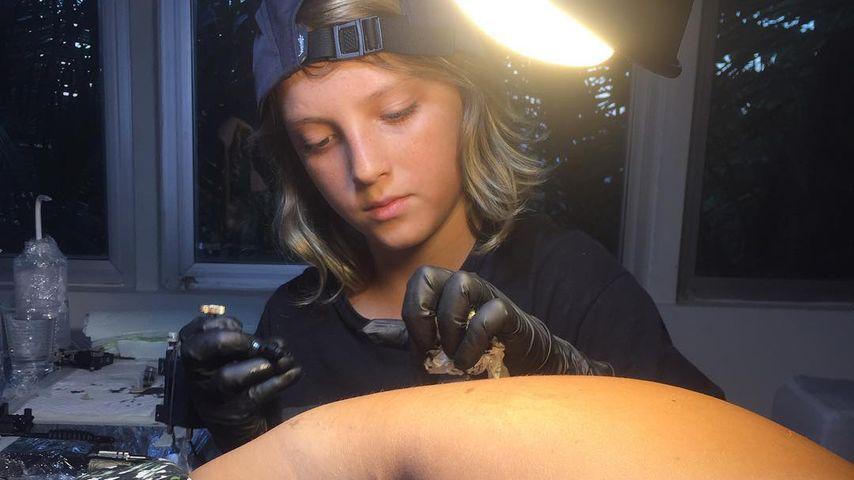 Tattoo-Kind: Er sticht mit 12 Jahren Bilder unter die Haut!
