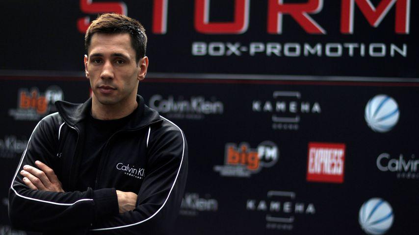 Felix Sturm, Profi-Boxer
